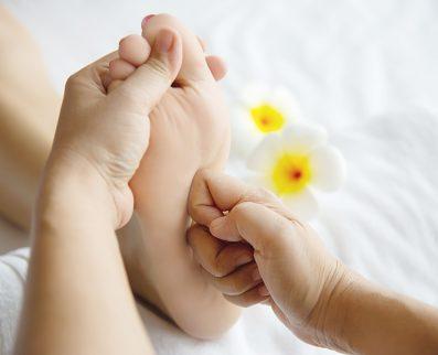 Massage Réfléxologie plantaire thaïlandaise
