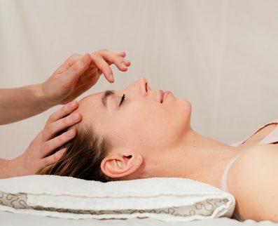 Massage du visage aux techniques japonaises 1